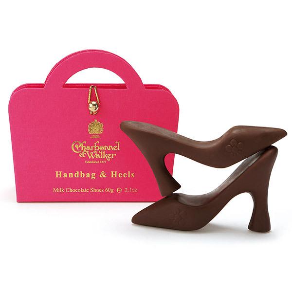 ミルクチョコレートシューズピンクハンドバッグ