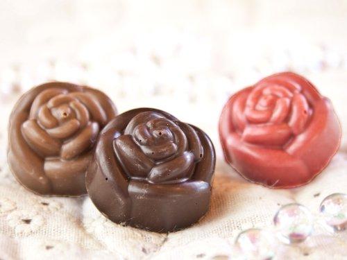 ローズセット いちご ・ミルク・ビター 3つのお味の型抜きチョコレート